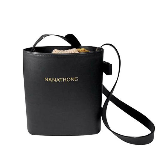 กระเป๋าสะพาย นะหน้าทอง หนังแท้ สีดำ