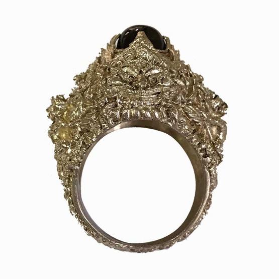 แหวนอสุรินทราหูทรงครุฑนาคราช ราหูรับทรัพย์ มหาอุจจ์ เนื้อเงิน ขนาดไซส์เบอร์ 67